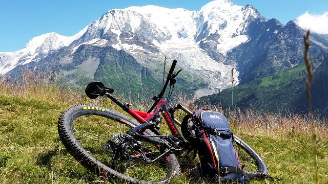 Vue sur le Mont-Blanc depuis le Prarion