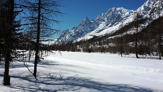 Pistes de ski de fond et terrain nordique dans la région de Chamonix